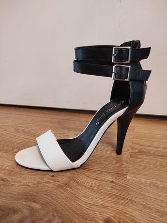 Sandałki roz. 37 Jenny Fairy