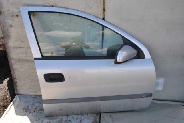 Drzwi prawy przód Opel Astra G sedan