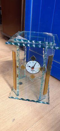 Relógio em vidro