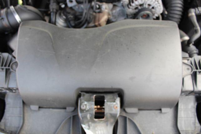 Dolot powietrza do filtra BMW E81 ,118D rok 2009