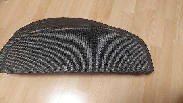 Komplet 15 nakładek dywaników na schody Meradiso