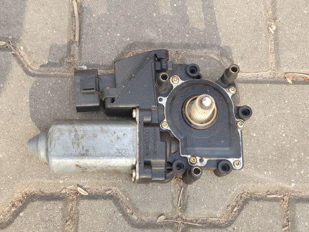 Silnik silniczek szyby lewy audi a3 8l