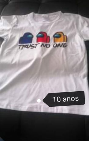 T-shirt Among us / Trust no one 10 anos nova* Última