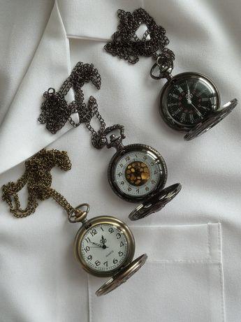 Часы для Медика Стилизованные