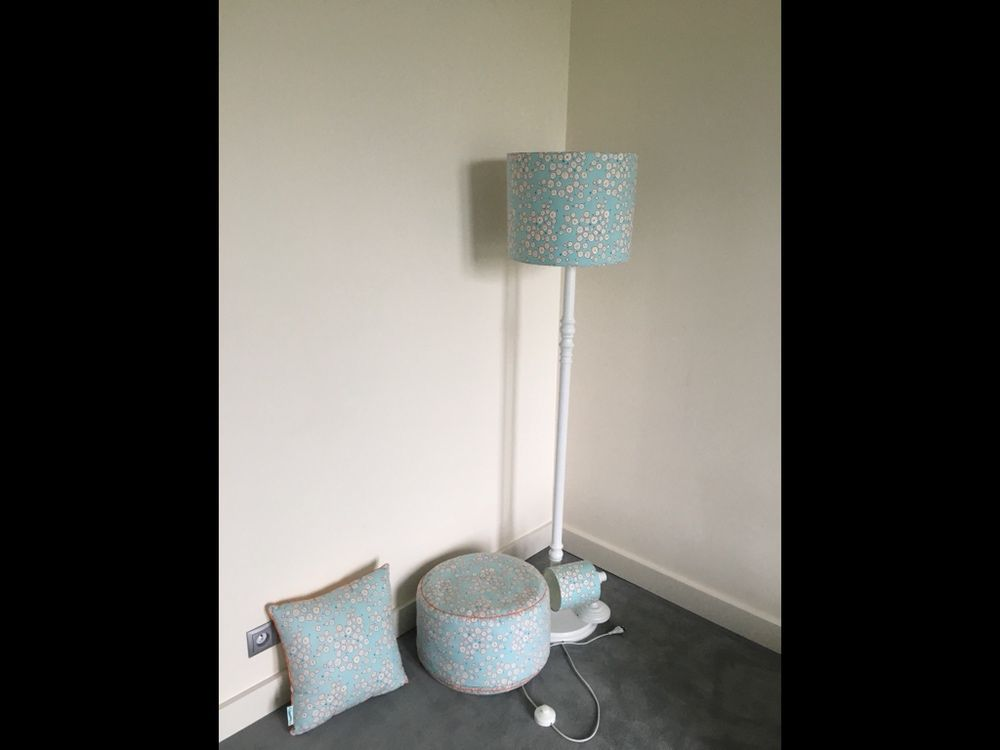 Pufa, poduszka, kinkiet Lamps&co