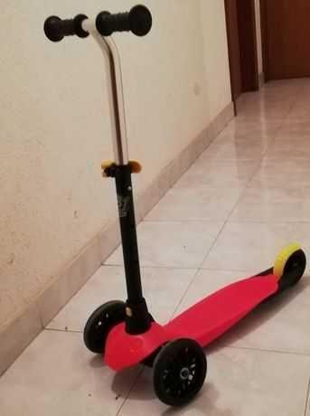 Trotinete B1 Oxelo 3 rodas para crianças dos 2 aos 5 anos