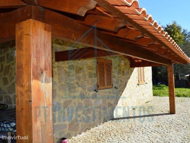 Casa isolada tipo T2 em Couto de Esteves - Sever do Vouga