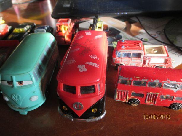 12 carrinhos miniatura Vintage