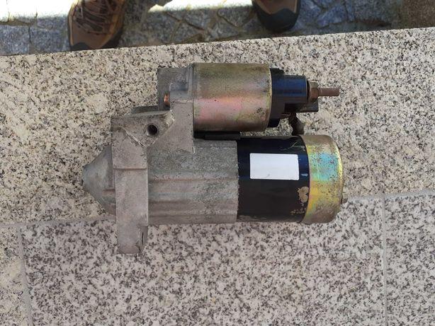 Motor de arranque Renault Clio 2 1.5DCI