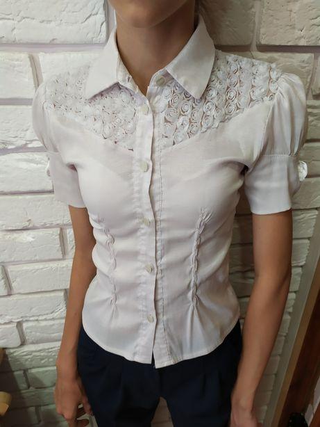 Продам блузку для девочки