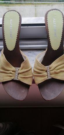 Sandálias (socas)