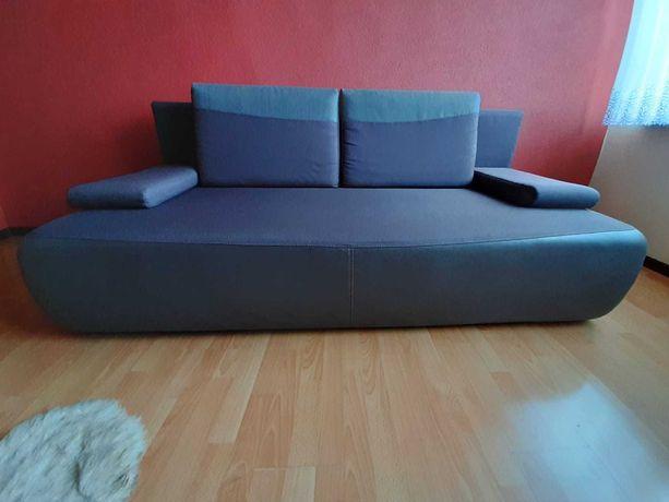 Sofa, Kanapa rozkładana - stan bardzo dobry.