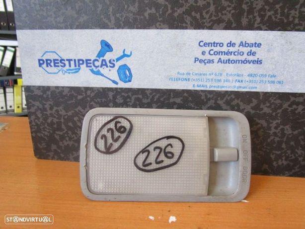 Luz de Teto Plafonier PLA226 TOYOTA / AVENSIS VERSO / 2004 /