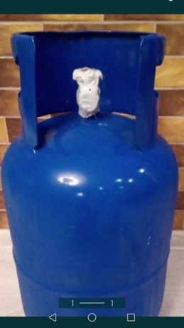 Butle gazowe wraz z wężykami i reduktorami
