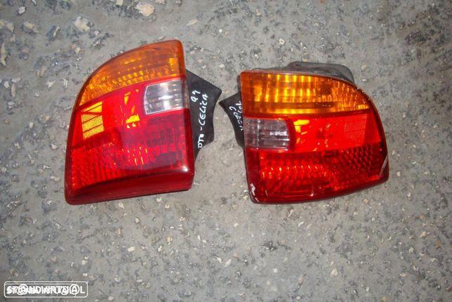 Farolins traseiros Toyota Celica