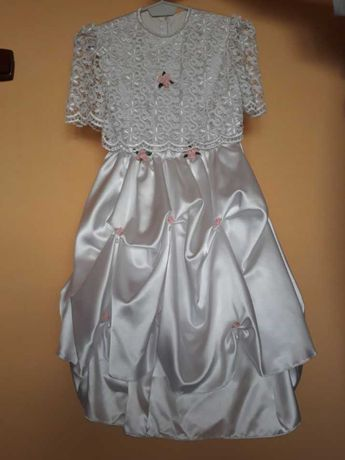 Biała sukienka komunijna