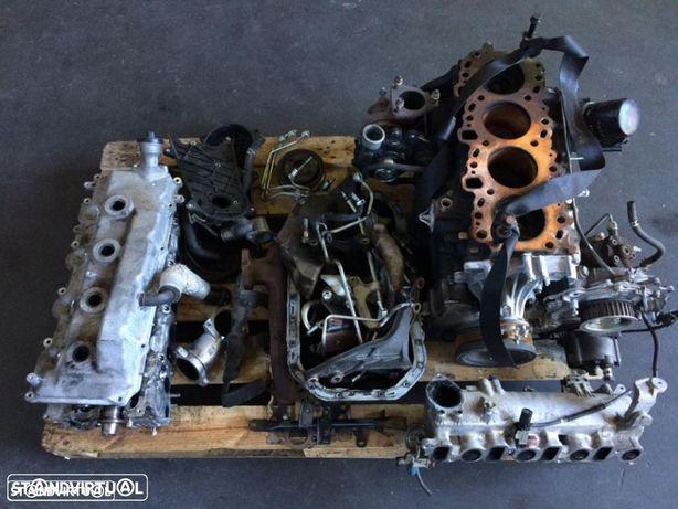 Motor completo PARA PEÇAS 2.5D4-d Toyota Hiace / Hilux / Dyna 2KD