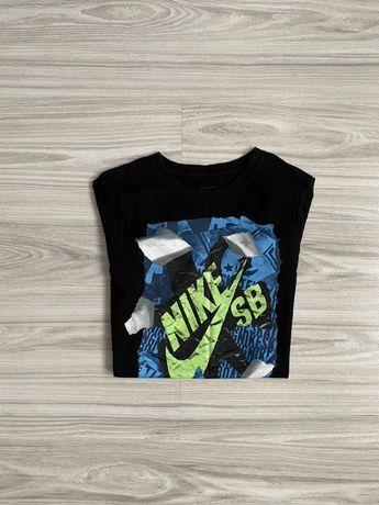 Czarna koszulka Nike rozmiar S