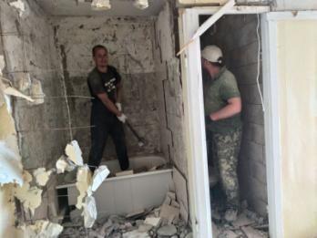 ДЕМОНТАЖ Зданий Квартир ВЫВОЗ мусора ФАСОВКА В Мешки Вынос Камаз ЗИЛ Киев - изображение 1