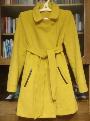 Полупальто,пальто очень красивое