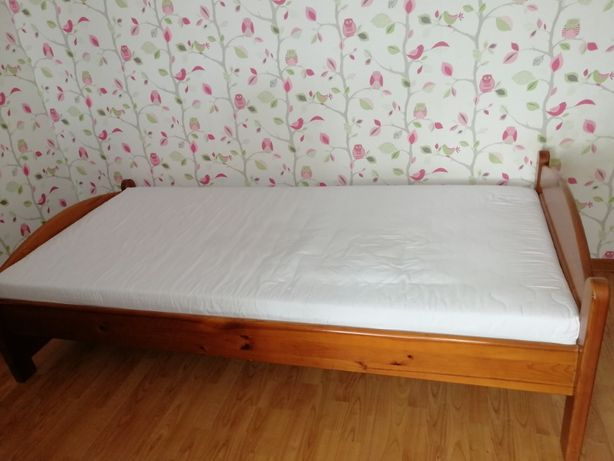 łóżko pojedyncze 90 x 200