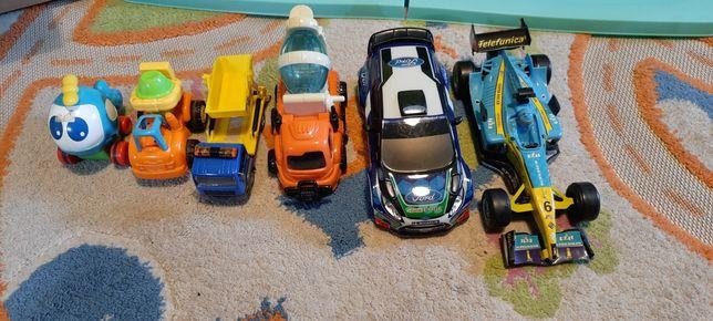 Zestaw autek plus samolocik