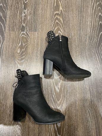 Демисезонные ботинки Sharmen