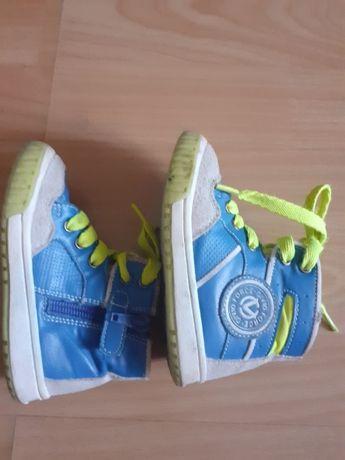 Ботинки 22размер