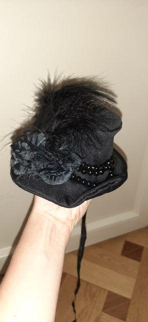 Карнавальна шляпка