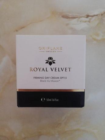 Royal Velvet krem na dzień ORIFLAME