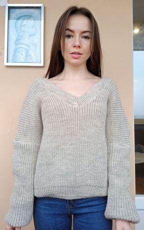 Мягкий тёплый свитер