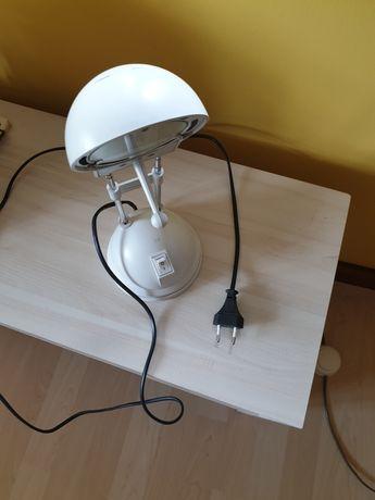 Lampa na biurko szkolne