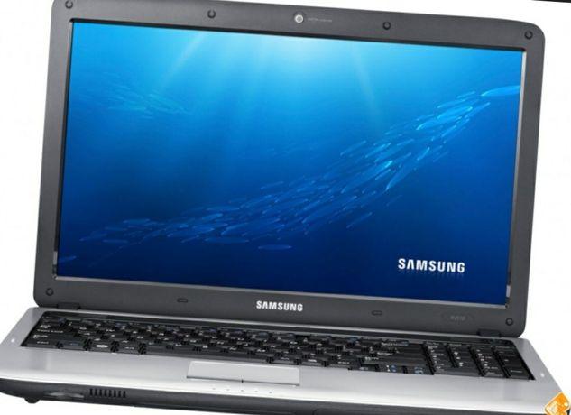Ноутбук Samsung RV-510
