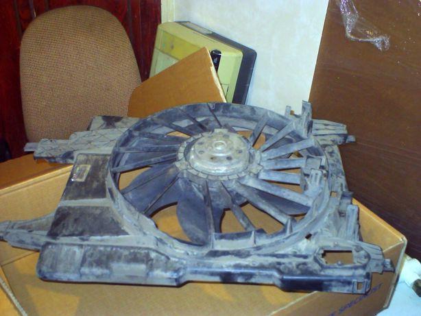 Вентилятор с диффузором Renault Megan 2 , (RVI) ориг.N 7701071863