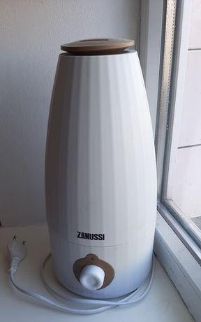 Продам увлажнитель воздуха Zanussi