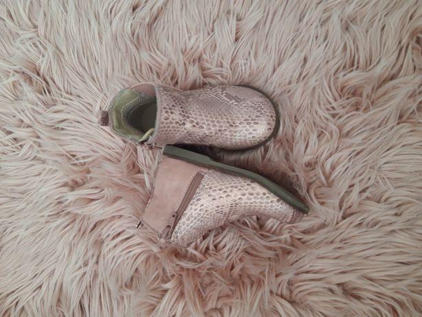 Взуття Next