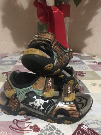 Босоніжки сандалі Geox 29р