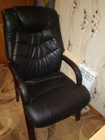 Шикарное Коженное Кресло 6.999₽