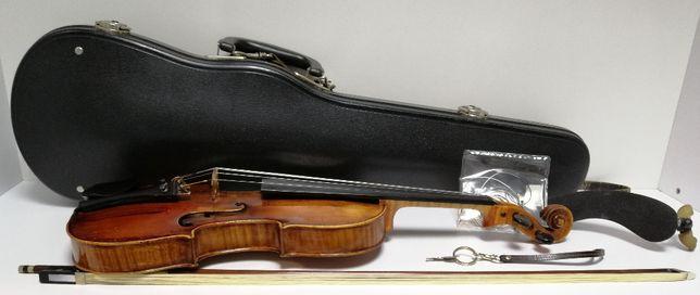 80-letnie skrzypce z drewna świerkowego + opinia rzeczoznawcy