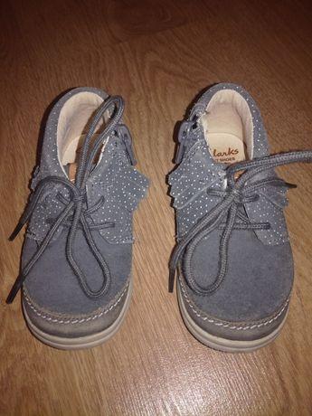 Ботиночки ботинки Clarks
