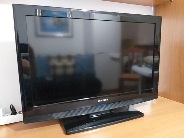 """LCD Samsung 81.3 cm (32"""")"""
