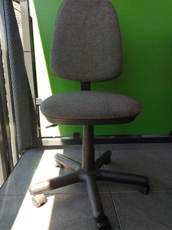 Krzesło obrotowe regulowane
