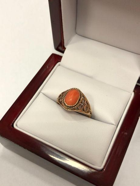 piękny złoty pierścionek 585 2,29g