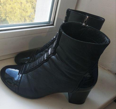 Ботинки кожаные 38 размер