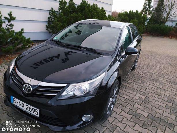 Toyota Avensis automatyczna skrzynia benzyna 100% bezwypadkowy serwisowany full opcja