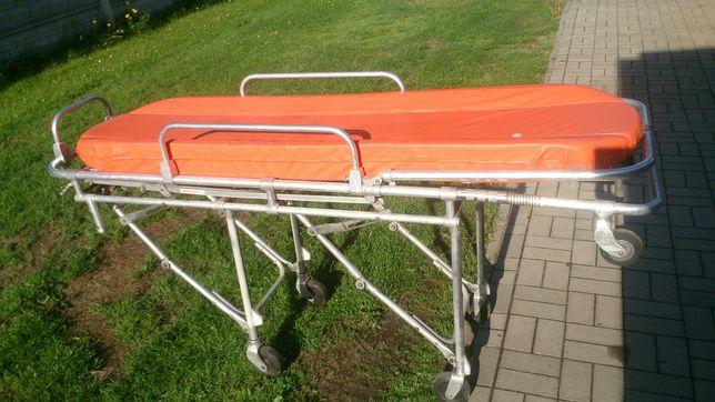 Noszę sanitarne samojezdne ambulans karetka ferno