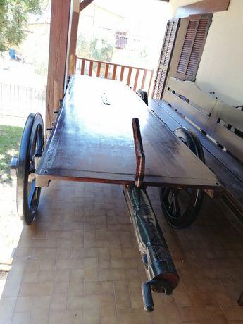 Carro de bois restaurado