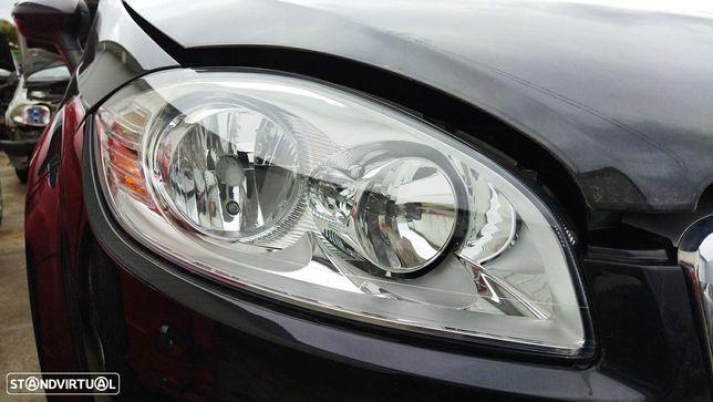 Optica Direita Fiat Linea (323_, 110_)