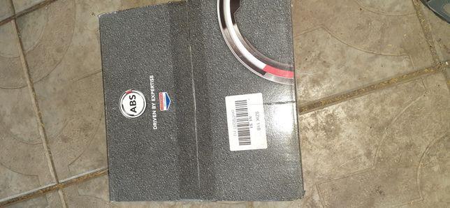 Продам барабаны тормозные новые Fiat Brava