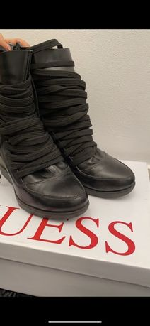 Buty sznurowane sznurówki modne czarne koturny